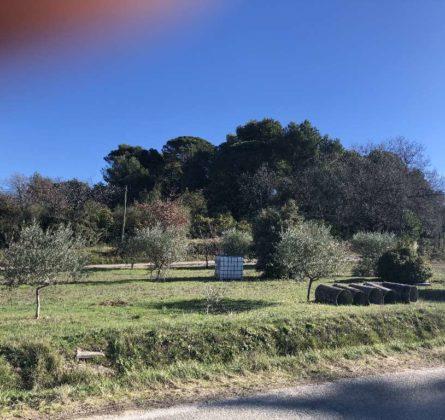 Terrain constructible Saint Didier - constrcuteur de maison - Villas la Provençale
