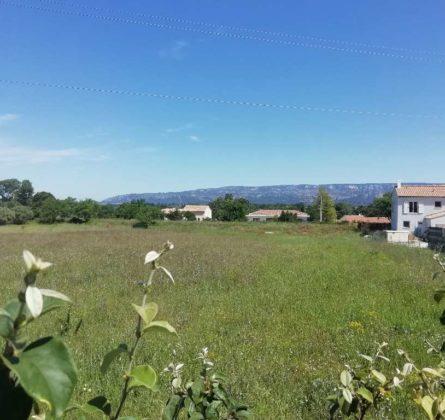 UNIQUE: TERRAIN EN EXLUSIVITE SUR SENAS !!! - constrcuteur de maison - Villas la Provençale
