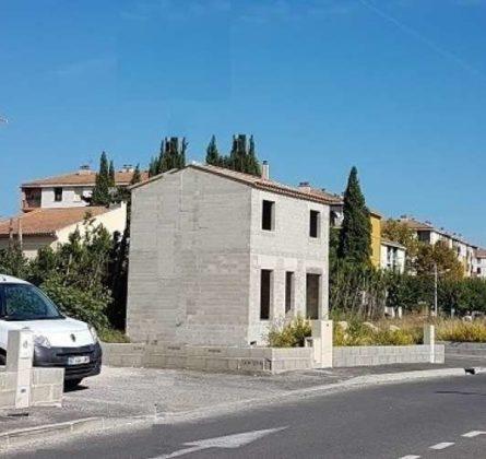 ARLES OPPORTUNITE A SAISIR - constrcuteur de maison - Villas la Provençale